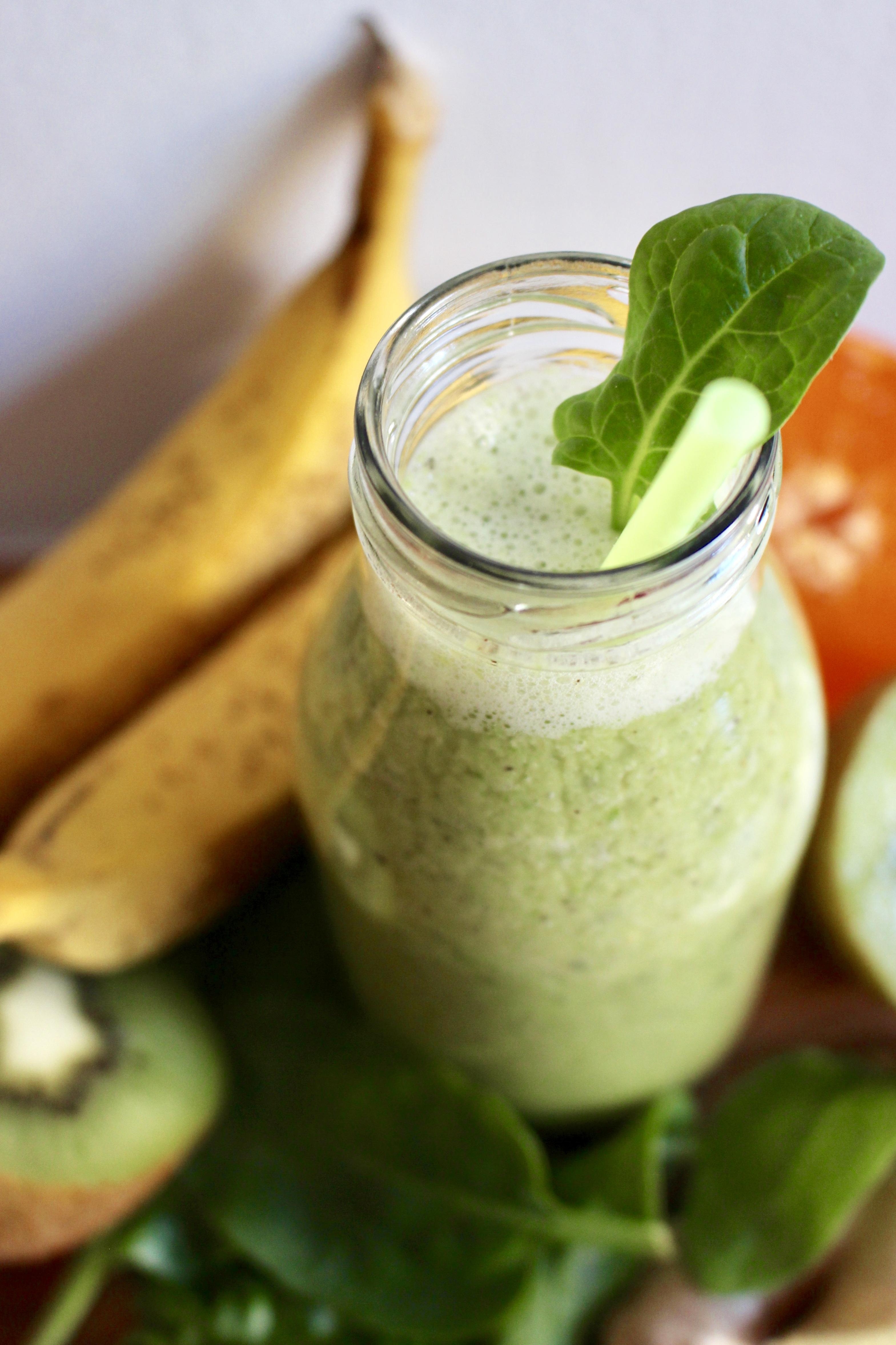 grön smoothie spenat banan