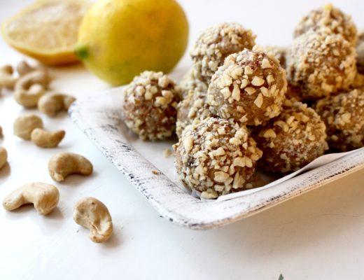 cashewbollar med citron
